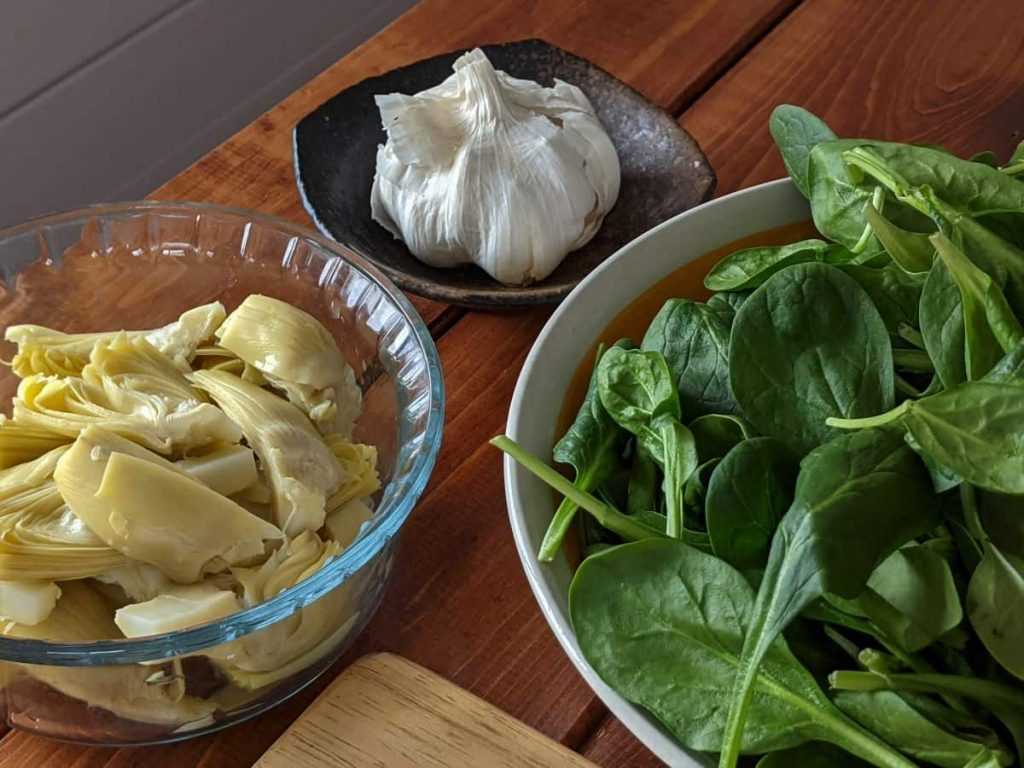 spinach artichokes and garlic to make sauce